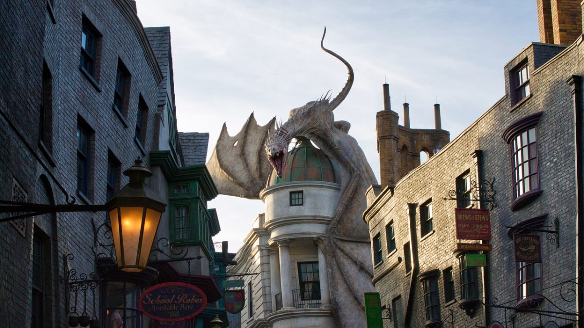10 Awesome Facts About Universal Studios